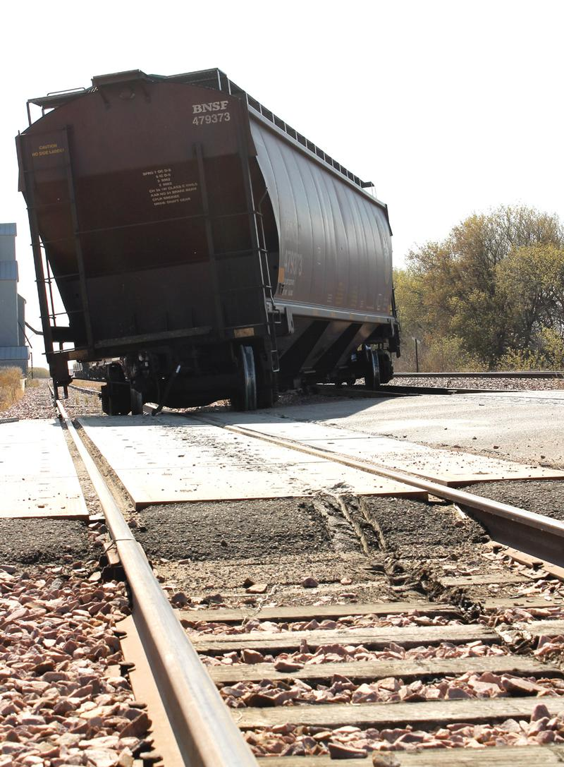 Derailed train car stops highway traffic west of Jasper